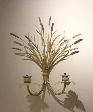 Ears of wheat wall sconce